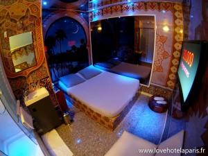 4.chambre-palais_oriental-love-hotel-paris (2)