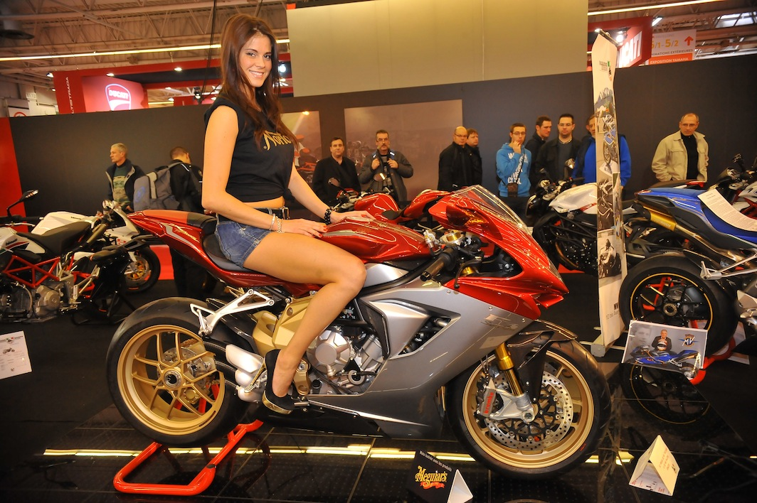 Salon de la moto 2013 belles m caniques et grosses for Salon de l alternance 2017