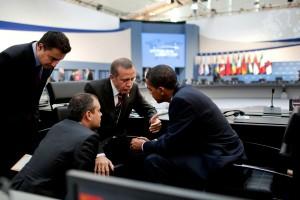 Ali Babacan, Recep Tayip Erdogan et Barack Obama au Sommet du G20 de Pittsburgh en 2009