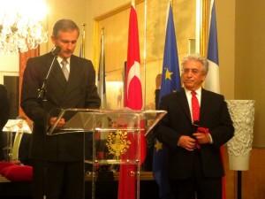 Mr l'ambassadeur Laurent Bili et Erol Erdinc