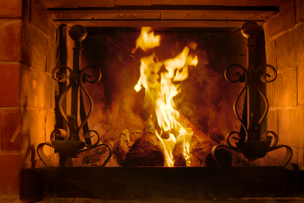 Feu ma chemin e aujourd 39 hui la turquieaujourd 39 hui la turquie - Image feu de cheminee ...