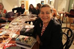 Gisèle Durero-Köseoğlu avec ses livres, le jeudi 2 avril 2015