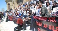 Ce matin, sur les marches de la gare stambouliote d'Haydarpaşa, près de 400 personnes dont des défenseurs des droits de l'Homme et des descendants de familles arméniennes se sont réunis […]