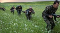 Aidés par les bombardements de la coalition, les forces kurdes du YPG [Unités de protection du peuple] ont annoncé ce matin la mise sous contrôle d'une base de l'Etat islamique […]