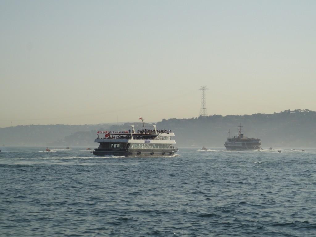 5-bateau-au-loin
