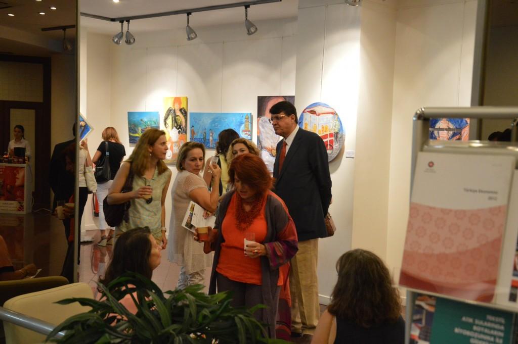 Solange-Greco-parmi-ses-invités-exposition-2
