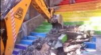 Nés d'un mouvement artistique de protestation, en réaction aux manifestations réprimées de la place Taksim en juin 2013, les escaliers arc-en-ciel situés en plein cœur de Karaköy ont été détruits […]