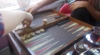 Présentation du Tavla, célèbre jeu turque et proche cousin du backgammon.