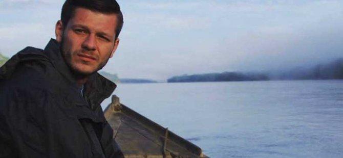 Jake Hanrahan, l'un des deux journalistes emprisonnés.