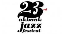 L'un des plus vieux festivals de Turquie, l'Akbank Jazz Festival, dévoile le programme de sa 25e édition. Des manifestations de qualité à ne pas manquer cet automne. Musique et improvisation […]