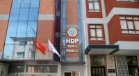 Le quartier général du HDP, des bureaux locaux et des magasins ont été attaqués dans le centre de la Turquie, faisant écho à la seconde attaque subie par le journal […]