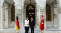 Mme Merkel s'est entretenue dimanche avec le Premier ministre turc Ahmet Davutoglu et le président Recep Tayyip Erdoğan, à Istanbul. Elle s'y trouvait pour une courte visite, trois jours […]