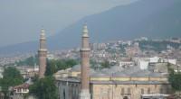 Une explosion a eu lieu devant la Grande mosquée Ulucami à Bursa, la quatrième plus grande ville de la Turquie. Il s'agirait d'un attentat suicide d'une jeune activiste. Une jeune […]