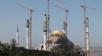 Dans le quartier d'Üsküdar, la plus grande mosquée de Turquie est sur le point d'être terminée. Le projet, commandé par le président turcRecep Tayyip Erdoğan, devrait prendre fin en juillet […]