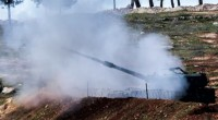Deux roquettes tirées depuis une zone du Nord de la Syriecontrôléepar Daesh ont fait dimanche, un mort et26 blessés à Kilis (Sud-Est du pays).