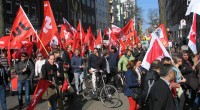 La manifestation traditionnelle du 1er mai, «contre la pauvreté salariale et sociale», a dégénéré à Istanbul. Mais aussi à Paris et à Seattle…