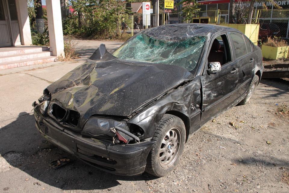 grave accident de voiture bagdat aujourd 39 hui la turquieaujourd 39 hui la turquie. Black Bedroom Furniture Sets. Home Design Ideas