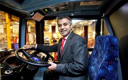 sadiq-bus-620_2647659n