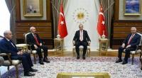 Plus tôt dans la journée, le président turc Recep Tayyip Erdoğan ainsi que son Premier ministre, Binali Yıldırım, recevaient pour la toute première fois au Palais présidentiel d'Ankara Kemal Kılıçdaroğluet […]