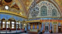 Le palais de Topkapı, à Istanbul, a été transformé en musée le 3 avril 1924 sous l'ordre de Mustafa Kemal Atatürk, le fondateur de la Turquie moderne. Ce palais a […]