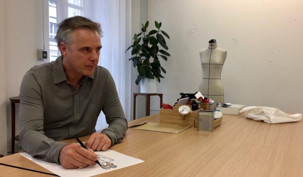 Pionnier de la mode sur internet avec le lancement de sa propre maison de couture digitale, Olivier Lapidus prend aujourd'hui les rênes de la maison Lanvin à la direction artistique. […]