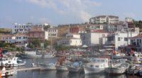 Afin de protéger l'île magnifique de Bozcaada, situé dans le nord de la mer Égée, les autorités locales envisagent sérieusement d'y interdire totalement la circulation des véhicules motorisés.