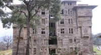 Situé au large d'Istanbul, sur l'île de Büyükada, le plus grand édifice en bois d'Europe et le deuxième plus grand au monde, l'orphelinat Orthodoxe grec de Prinkipo, a été identifié […]