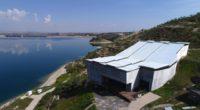 Située sur la rive de l'Euphrate dans la province deŞanlıurfa, au sud de la Turquie, l'antique cité Zeugma bénéficie désormais d'un toit en acier pour protéger ses magnifiques mosaïques. En […]