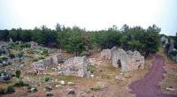 Lyrboton Kome, dans la province d'Antalya, s'apprête à ouvrir ses portes aux visiteurs. Un chemin de randonnée a été balisé afin d'arpenter la cité antique vieille de 2.200 ans.