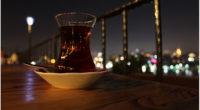 Avec une moyenne de consommation de 1.300 tasses de thé (çay) par an, les Turcs sont les plus grands buveurs de thé du monde.