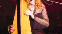 La star de la musique celtique Loreena McKennitt a retrouvé ses fans après une longue attente pour trois dates en Turquie.