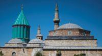 Dédié à Mevlâna, poète du XIIIe siècle et père des derviches tourneurs, le musée de Konya est le troisième lieu le plus visité de Turquie.