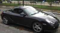 Au premier regard, le Porsche Cayman intrigue et surprend. Ses traits imposants font penser à une mutation de la Boxster et ses formes athlétiques rappellent la 911 Carrera. Cette métamorphose […]
