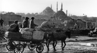 Europalia s'invite cette année en Turquie, et le Bruxelles brumeux de novembre se pare des couleurs vives d'Istanbul aux coupoles dorées. La grande exposition, qui attire tous les deux ans […]