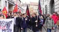 Le mouvement «Nuit debout» s'est constitué spontanément après les manifestations contre la loi Travail, dite aussi loi El Khomri, qui ont eu lieu le 31 mars en France. Les manifestants […]