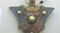 L'Institut du monde arabe propose actuellement une exposition temporaire sur les bijoux et les parures du Maghreb, un événement à ne pas manquer.