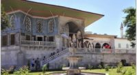 Les autorités turques s'apprêtent à diminuer le degré de protection des jardins du Palais de Topkapi et de ses alentours. Une initiative qui fait débat.