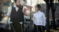 Filmer une extrême minorité religieuse dans son quotidien, ses soucis, ses préoccupations, voilà le défi que s'est donné le réalisateur de Brooklyn Yiddish : Joshua Z. Weinstein. Fasciné par ce […]
