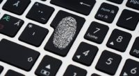 Souvent, sans que nous nous en rendions compte, nos données personnelles circulent sur internet, sont analysées, stockées, transmises et parfois même monnayées. Face à l'éclosion d'une nouvelle économie reposant sur […]